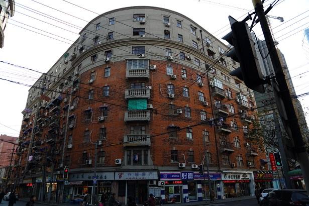 ピアスアパート上海