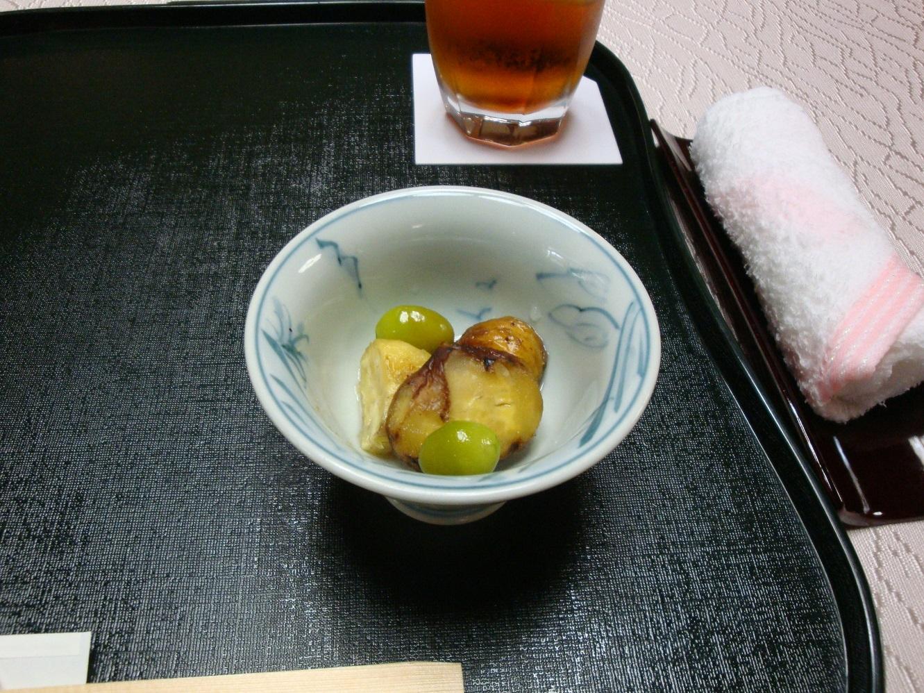 貝塚料亭深川栗と銀杏