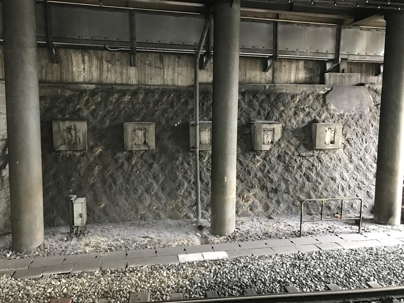 天王寺駅謎の階段